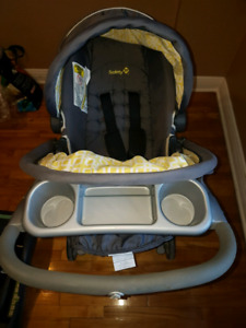 Car seat with stroller Coquille et pousette a vendre