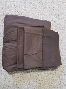 King size pullow cases and top sheet