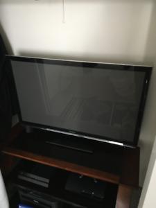 Panasonic Viera 42 Inch HD tv 3D.