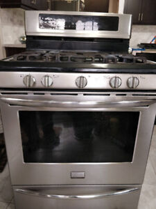 Frigidaire gas range priced to sell