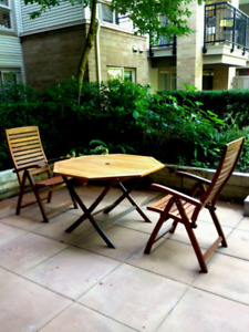 Patio Table and 2 Chairs - Wood