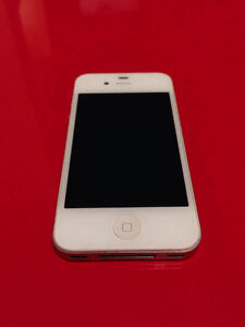 iPhone 4S White 8GB locked for Fido optimal condition