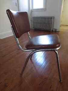 Brown Vintage Chair Cambridge Kitchener Area image 1