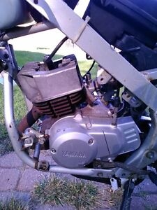 YAMAHA YSR50 FOR PARTS PARTING IT OUT OR SELL IT AS IS Windsor Region Ontario image 5