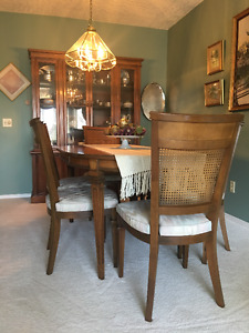 Gibbard Traditional Set of Dinning Table & Chairs and China Cabi