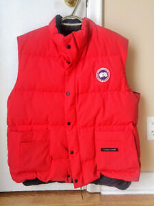 Canada Goose freestyle Vest red color Large size