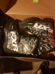 FXR SNOWMOBILE BOOTS NEW NEVER WORN 220$