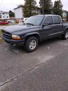 2002 dodge dakota v8 205km one owner 3500 as is.