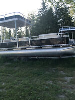 FOR SALE: Well Maintained Pontoons, House Boats, Double Deckers