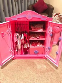 Build a Bear Wardrobe With Accessories
