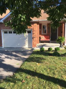 FOR RENT - Luxury Bungalow Townhouse West End Peterborough