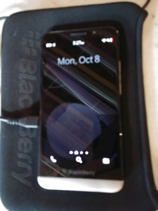 Unlocked Blackberry Z30 /w freebies