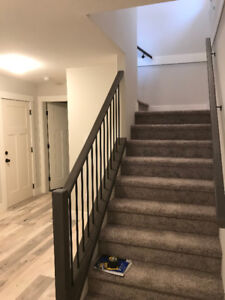 Beautiful new 3 bedroom 2 bathroom close to University and trail