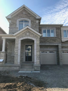 3 Bedroom/ 3 Bathroom Townhouse for Rent in Milton ($2200)