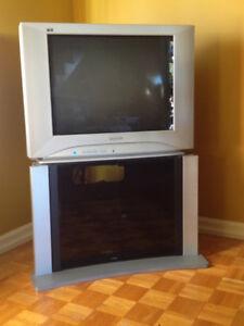 TV Panasonic avec meuble