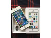 iPhone 5S Unlocked 16GB Gold Excellent condition