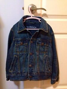 Boys fall/winter jackets size 4&5T London Ontario image 3