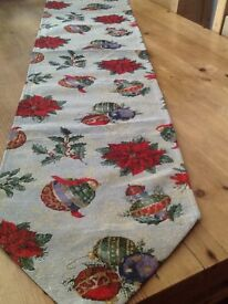 2 Christmas gold glitter table runner 173cm x35 cm New