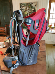 Sac à dos porte-enfant / Baby backpack carrier