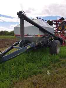 1999 flexi-coil 5000 and 2320 air cart. Tow between.