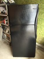 Frigidaire Gallery 18.3 cu. Ft. Top Mount Fridge - Black