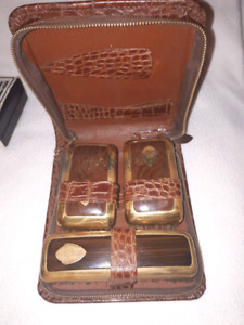 Three brushes for polishing shoes and case