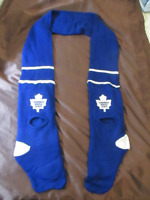 Toronto Maple Leaf scarf