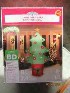 NEW BOXED 8 FOOT TALL CHRISTMAS INFLATABLE $45 In Ancaster