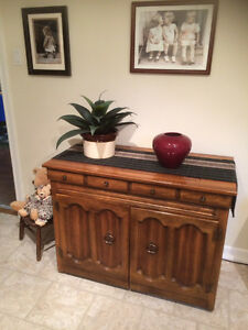 Singer Sewing Machine with Oak Cabinet