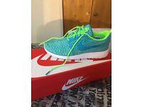Nike Roshe One Flyknit U.K. Size 6.5