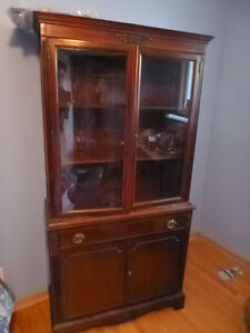 Antique Hutch / Display Cabinet