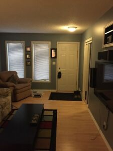 Cozy 1 bedroom furnished condo available in NW Regina