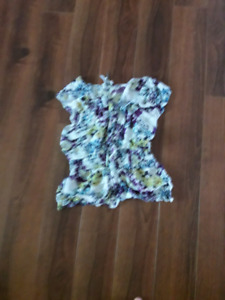 Ladies size etra small and small clothing