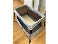 Baby Bjorn flood away travel for with mattress. Excellent condition