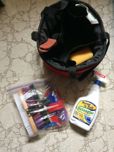 Start up equestrian grooming kit