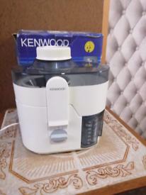 Kenwood JE500 juicer