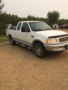 no rust 1998 Ford F250 XLT extended cab, 4x4.