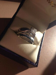 18kt White Gold Ring Set 4 Princess Cut Kawartha Lakes Peterborough Area image 3