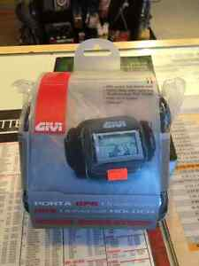GIVI GPS UNIVERSAL HOLDER IN STOCK AT HALIFAX MOTORSPORTS!!!