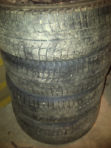 225 55 R17 Michelin X ice winter tires Dodge Avenger Charger