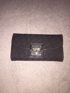 Dkny wallet! Great condition