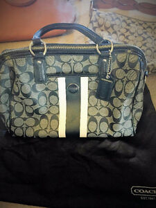 Brand New Coach Bag for Sale! Dust bag included