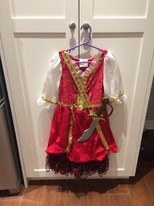 Pirate girl costume size 5-7