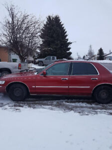 Selling 1999 Mercury Marquis runs well