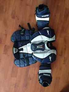 Reebok 9K Youth XL Goalie Chest Protector