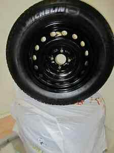 4 195/65/15 Michelin X-Ice tires with 4 hole rims