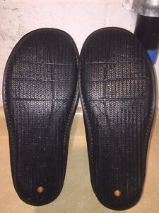 Men's Clarks Structured Slip-On Leather Shoes Size 12 London Ontario image 3