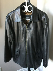 Men's Leather Coat (size medium)