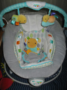 Taggies baby bounce chair