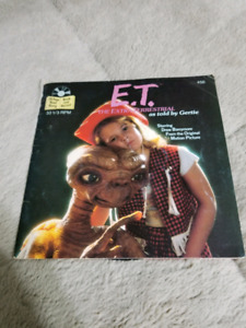 ET The Extraterrestrial 1982 storybook with record